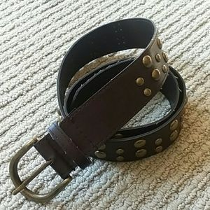 Accessories - Brown belt with bronze color metal circle detail